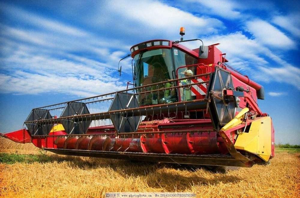 美国拖拉机和耕作机制造商